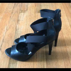 OWO Kenneth Cole black strap heels 10
